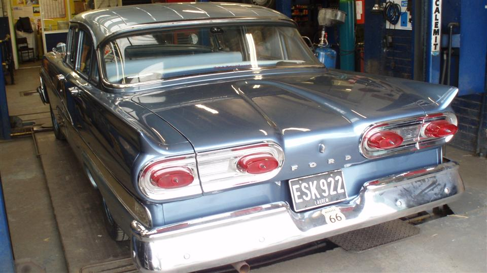 58 Ford Custom 300 Rear index of lincoln pictures9